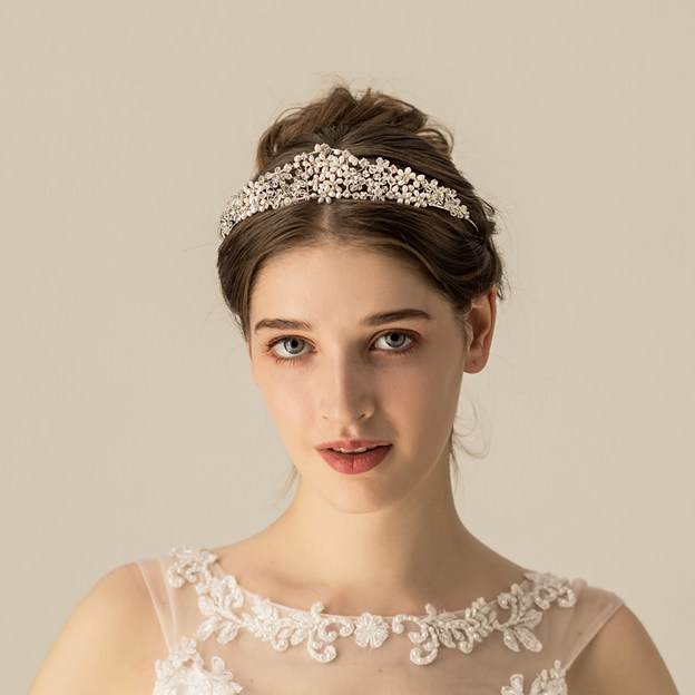 Ladies Freshwater Pearl With Flower Venetian Pearl/Rhinestone Tiaras (Sold in single piece)