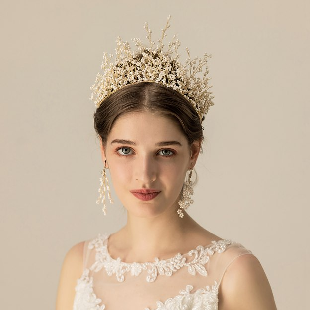 Ladies Eye-catching/High Quality Alloy/Plastic With Beads Tiaras (Sold in single piece)