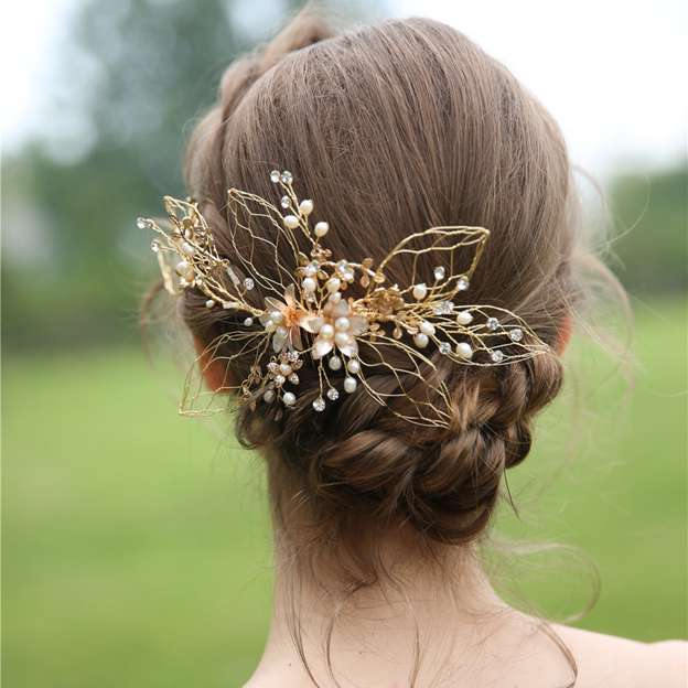 Ladies Alloy/Freshwater Pearl/Rhinestone With Flower Combs & Barrettes