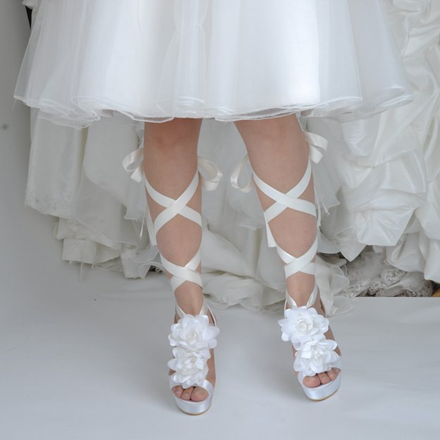 Women's Satin With Lace-up/Flowers Heels Peep Toe Shoes