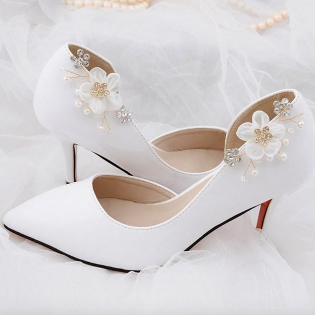 Women's Satin With Rhinestone/Flowers Close Toe Heels Wedding Shoes