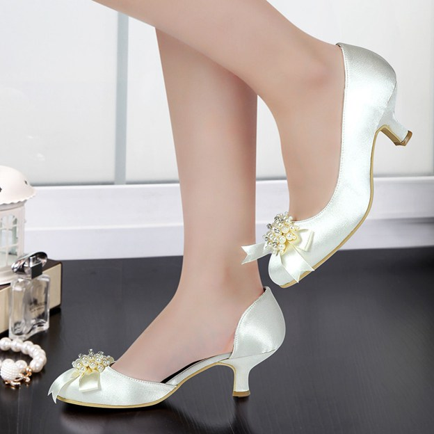 Women's Satin With Imitation Pearl/Bowknot Close Toe Heels Wedding Shoes