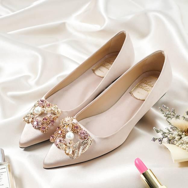 Women's Satin With Rhinestone Close Toe Flats Wedding Shoes
