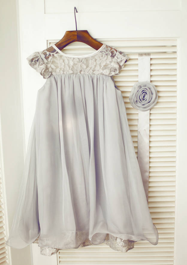 A-line/Princess Knee-Length Scoop Neck Short Sleeve Chiffon Flower Girl Dress With Sashes