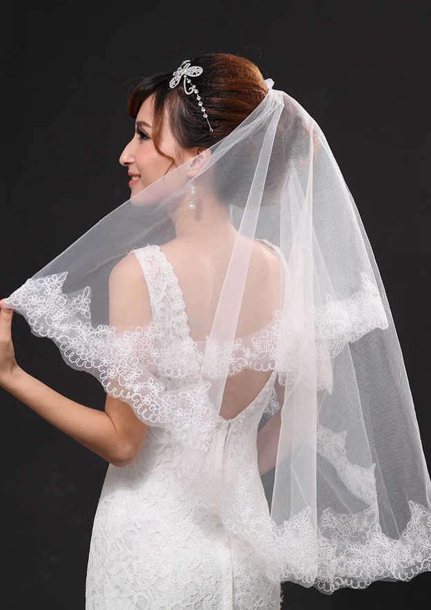 Two-tier Lace Applique Edge Fingertip Bridal Veils