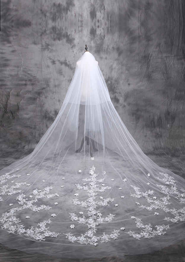 Two-tier Cathedral Bridal Veils With Applique Lace