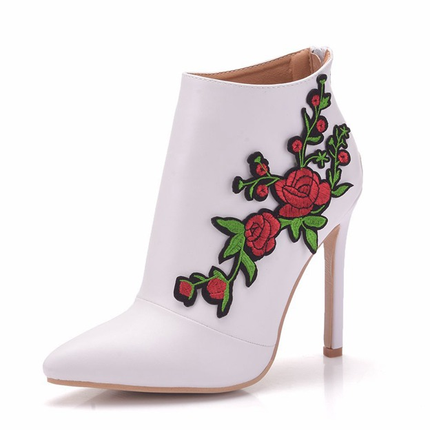 Women's PU With Flowers Heels Fashion Shoes