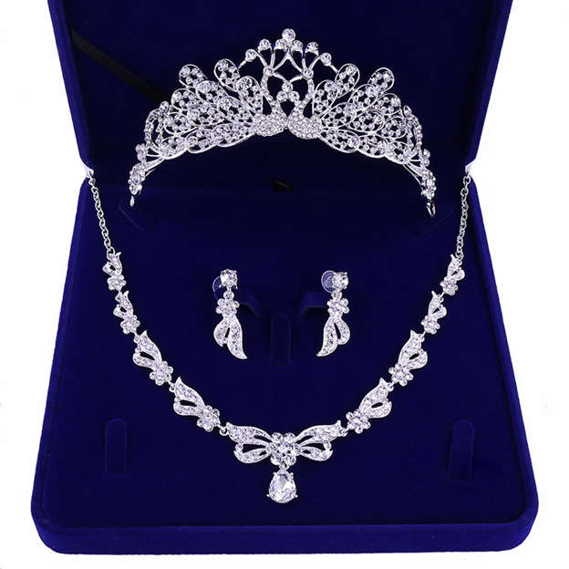 Women's Exquisite Silver Jewelry Sets With Rhinestone For Bride